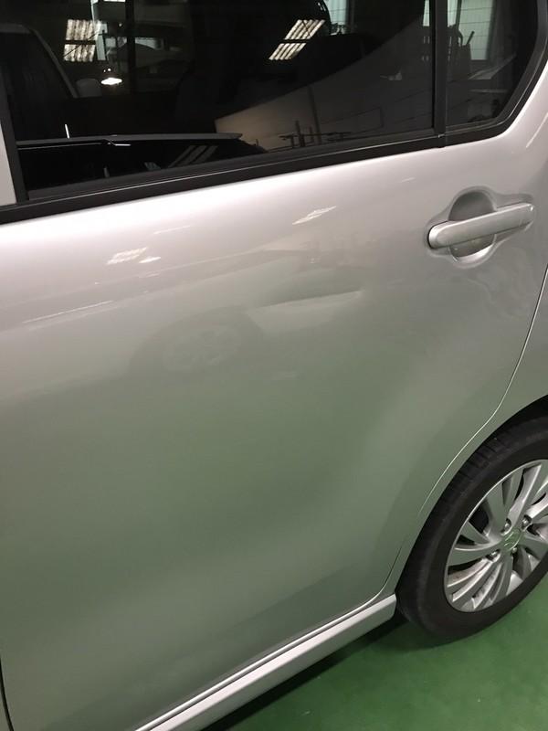 スズキ ワゴンR リヤ左ドア ヘコミ修理