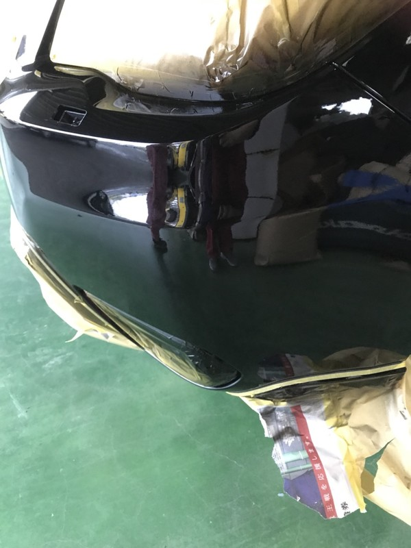 スバル フォレスター リアバンパ鈑金修理