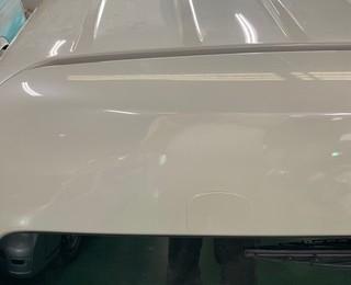 泉佐野市 ハイエース リヤゲート板金塗装&ルーフ磨き&右センタピラー塗装