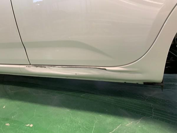 阪南市 パッソ 左リヤドア板金塗装・左サイドシル板金塗装