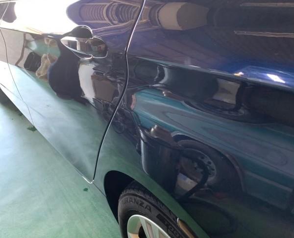 日根野 BMW 左リヤフェンダー板金塗装