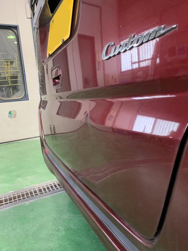 泉佐野 N-BOX リヤゲート板金塗装